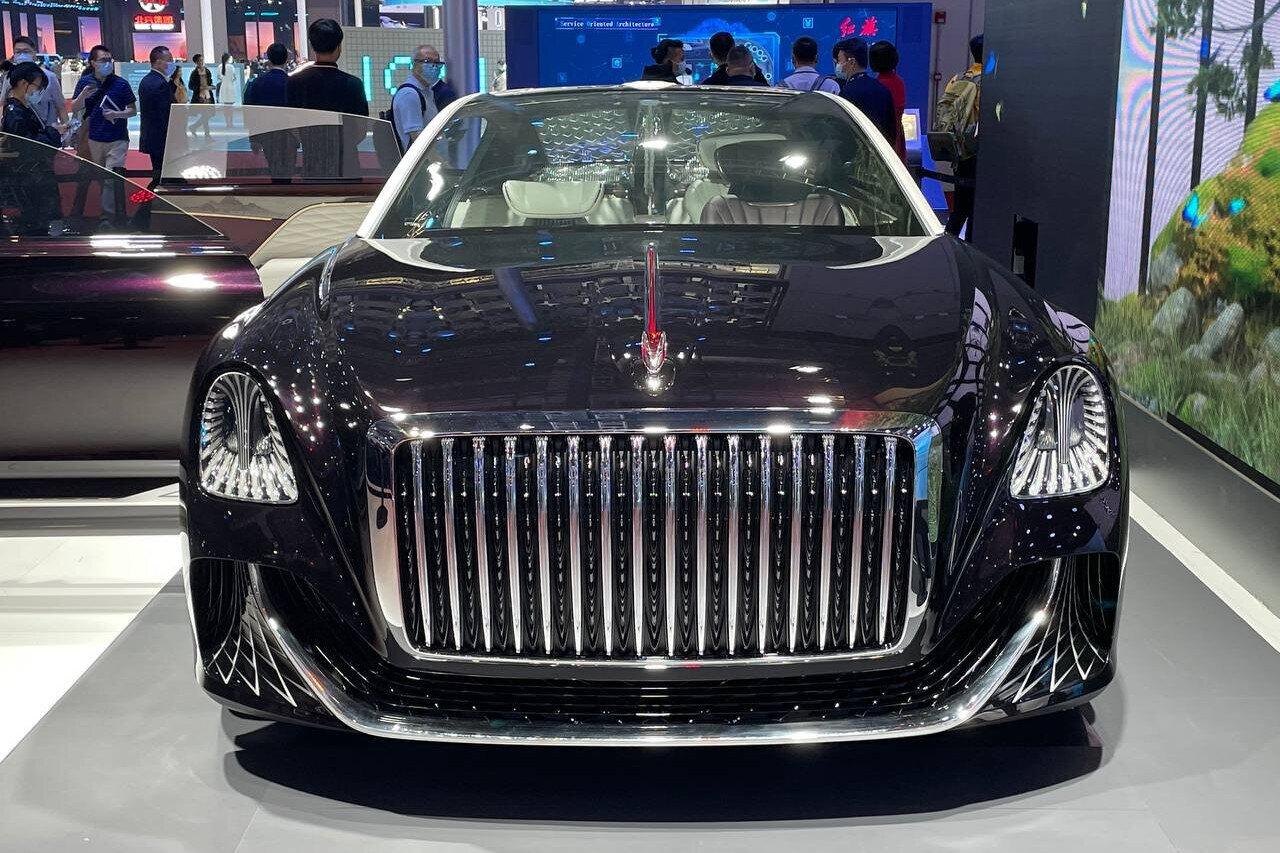 لوکس ترین خودرو چینی که فرمان هم ندارد معرفی شد